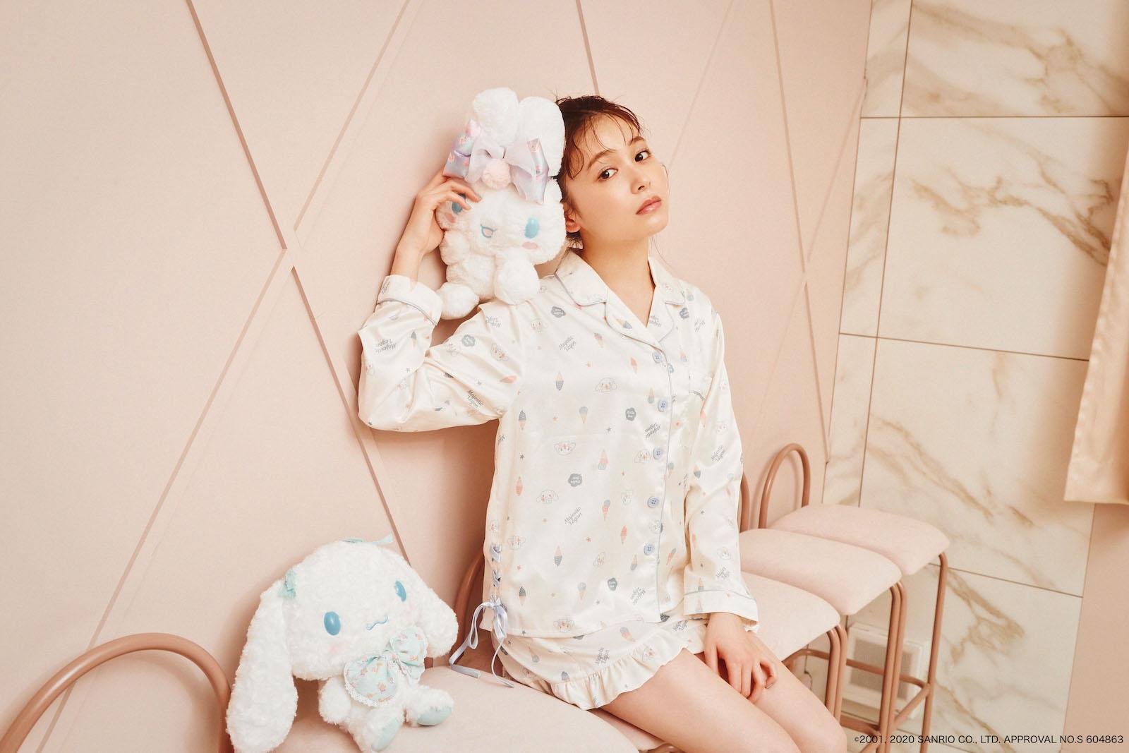 MAJE×久間田琳加 Vol.3|2020はキュートなルームウェアを着ておうち観戦♪
